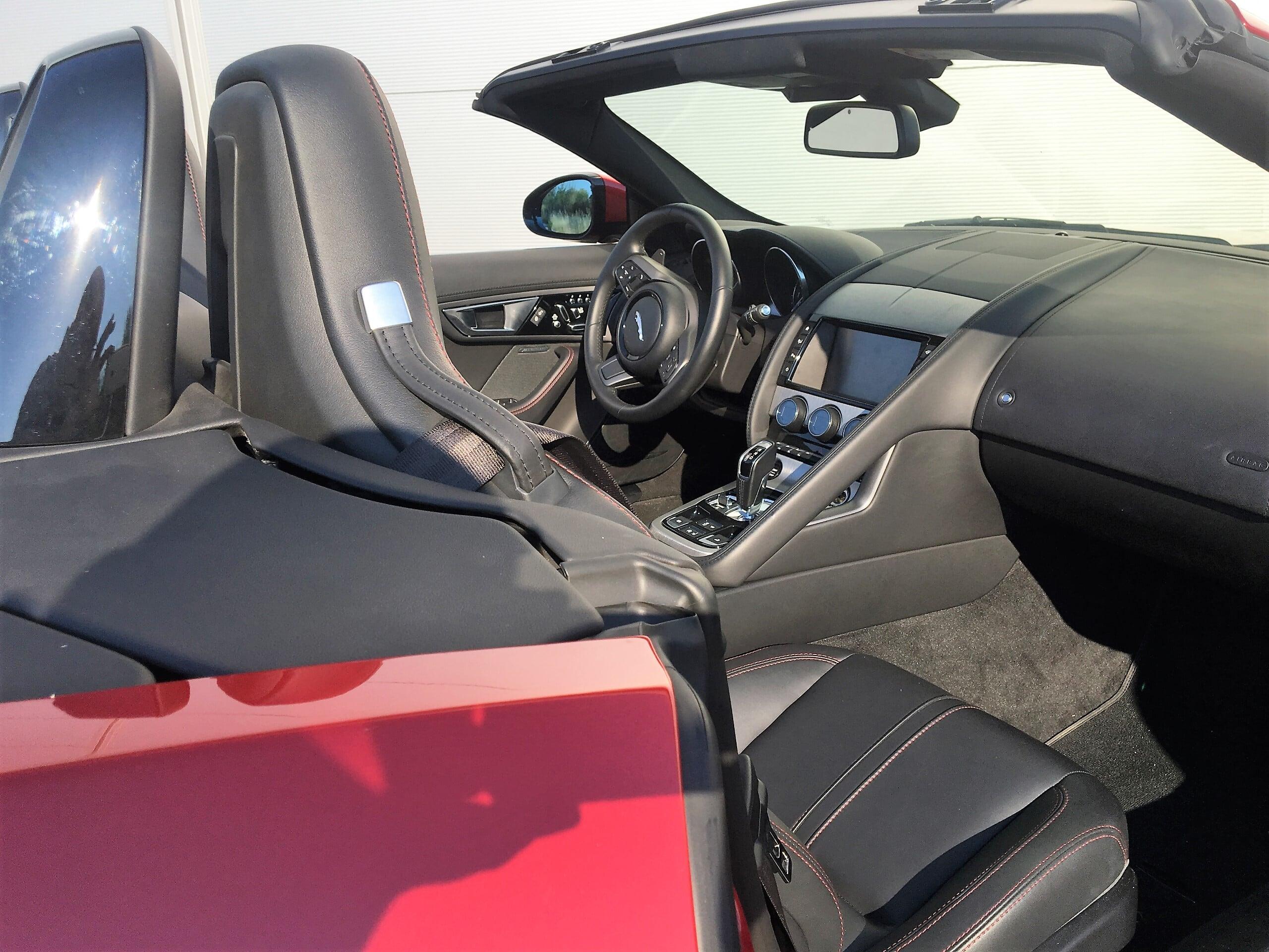rent jaguar f-Type car4rent