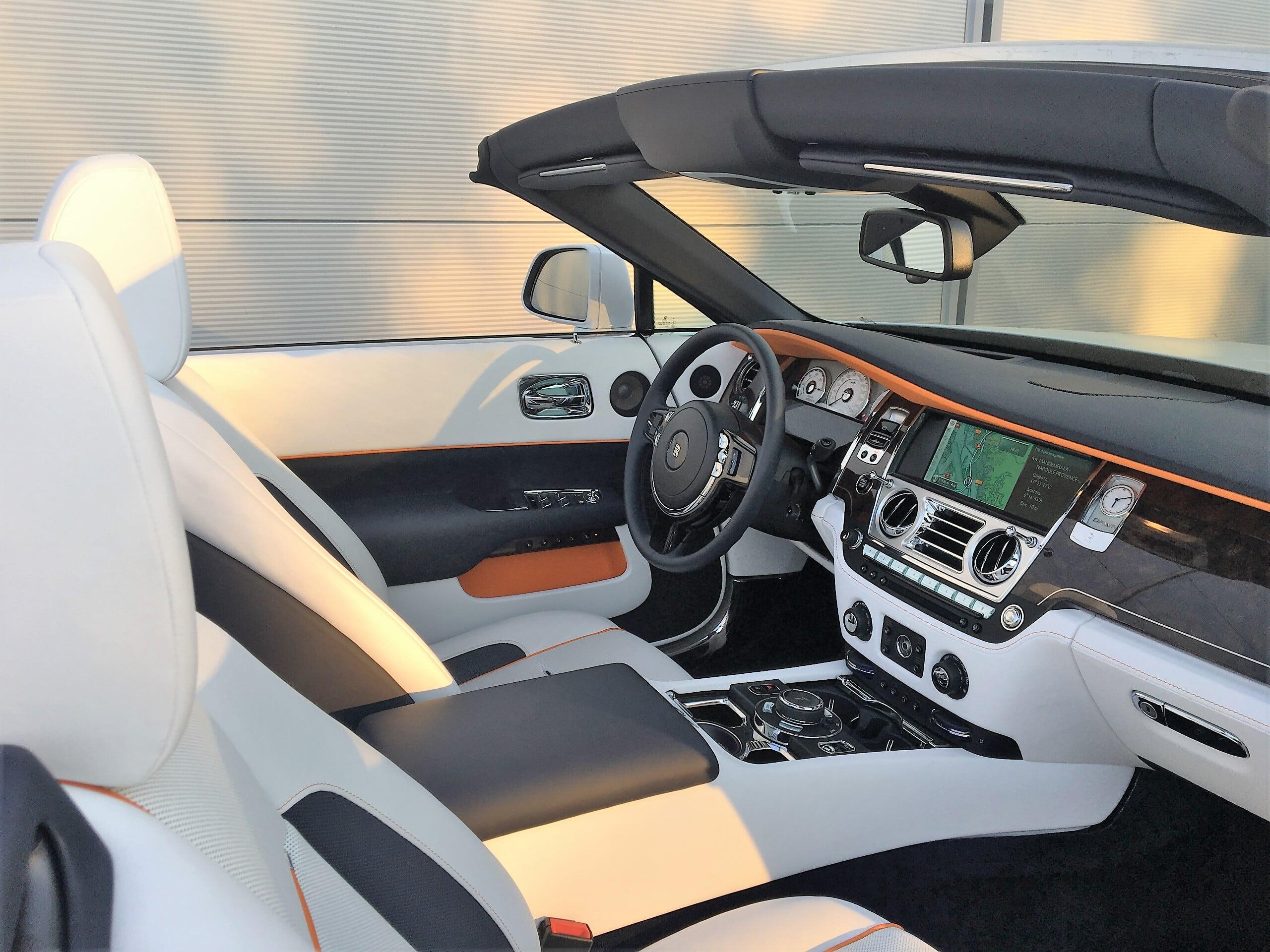 discover rolls royce dawn interior Car4rent