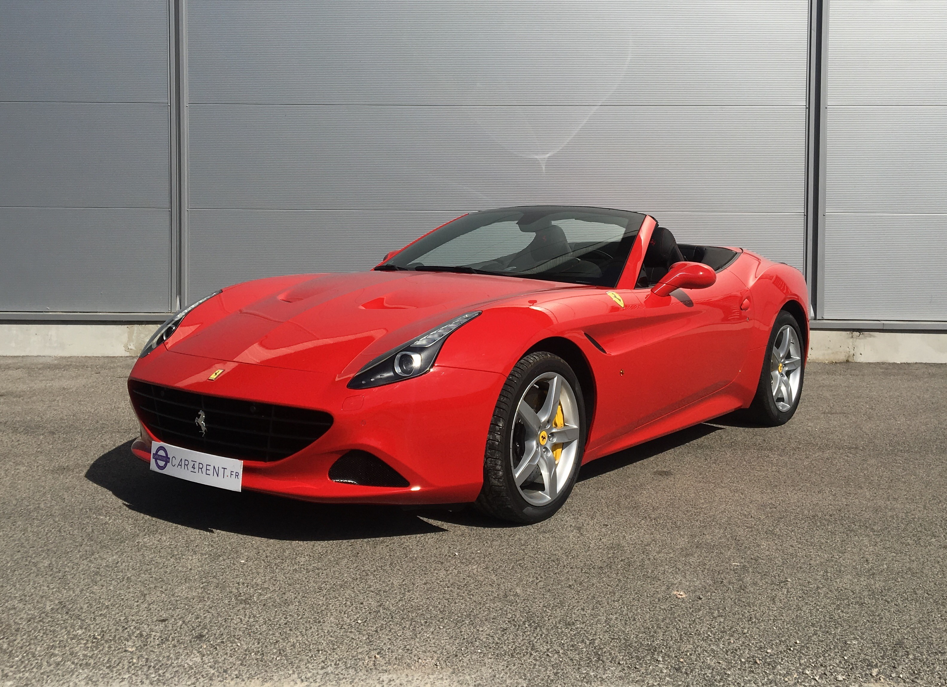 ferrari california t red rouge car4rent. Black Bedroom Furniture Sets. Home Design Ideas