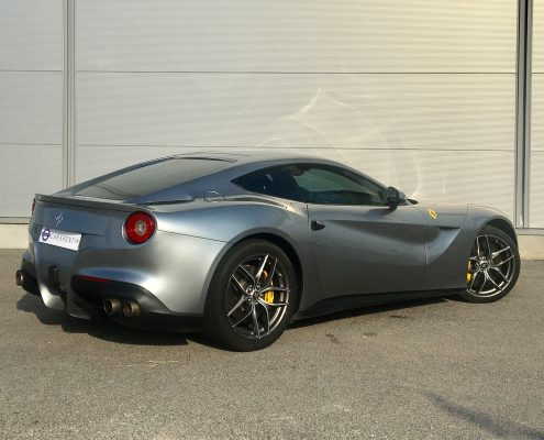 hire ferrari f12 monaco thanks to car4rent