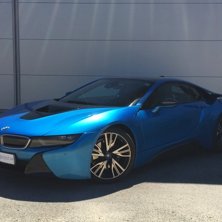 hire bmw i8 thanks to car4rent