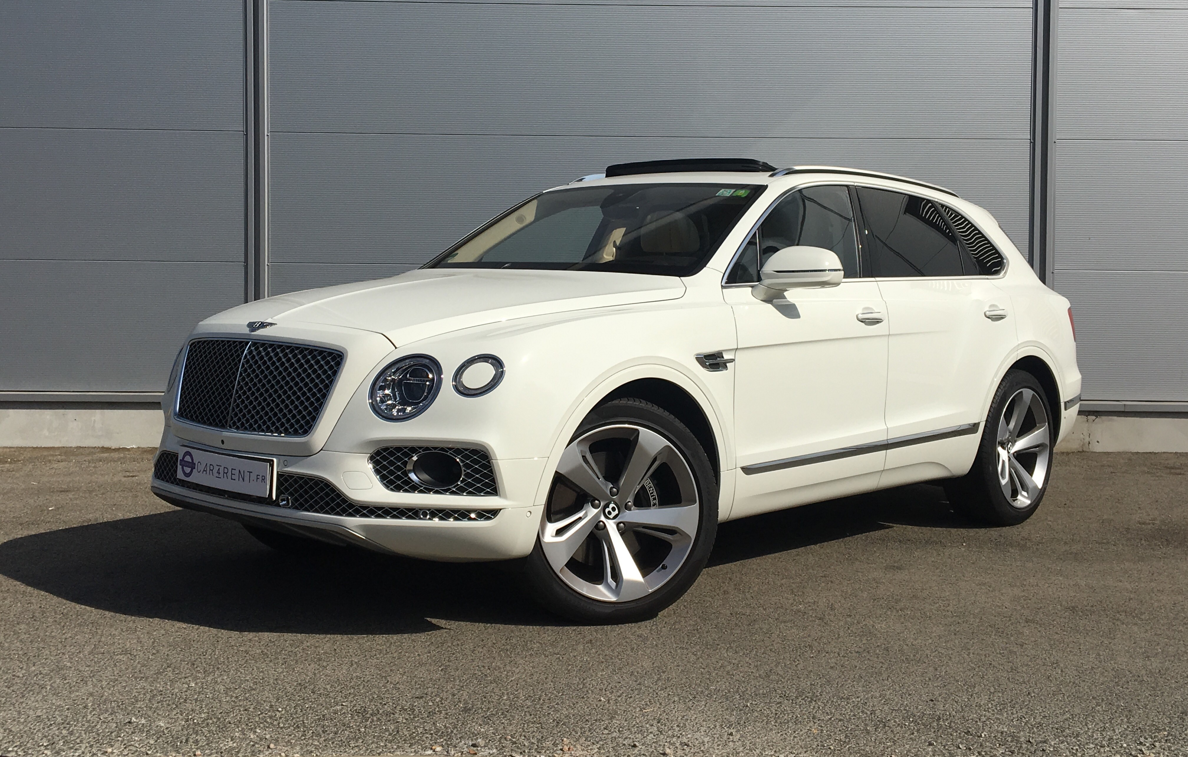 rent bentley bentayga cannes Car4rent luxury car Hire