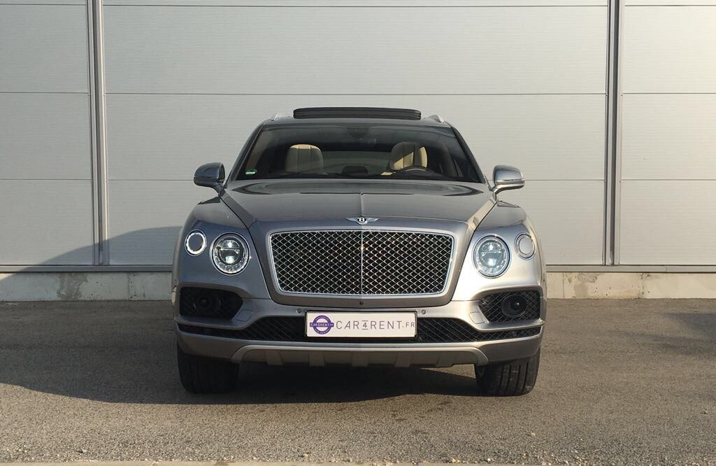location bentley bentayga aéroport nice car4rent