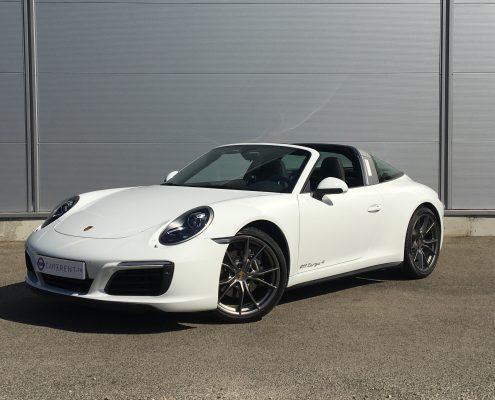 hire posrche 911 Car4rent luxury car rental french riviera