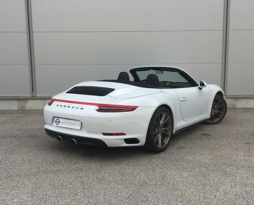 Car4rent Porsche Carrera 4s Cabrio Location rental Saint-Tropez
