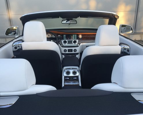 Rolls royce dawn C4R vue de AR interieur à louer cannes Car4rent