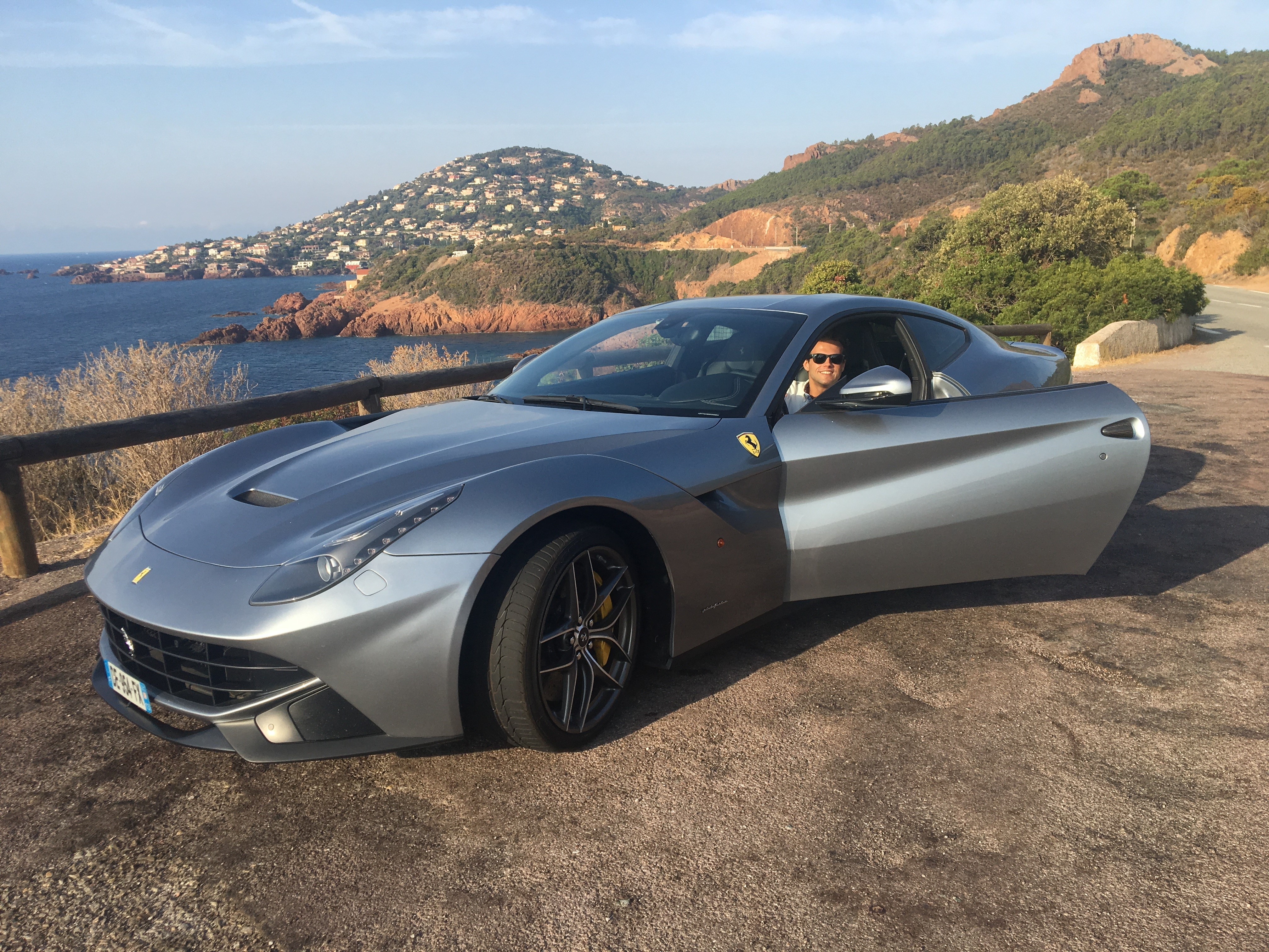 Hire a Ferrari F12 french Riviera car4rent