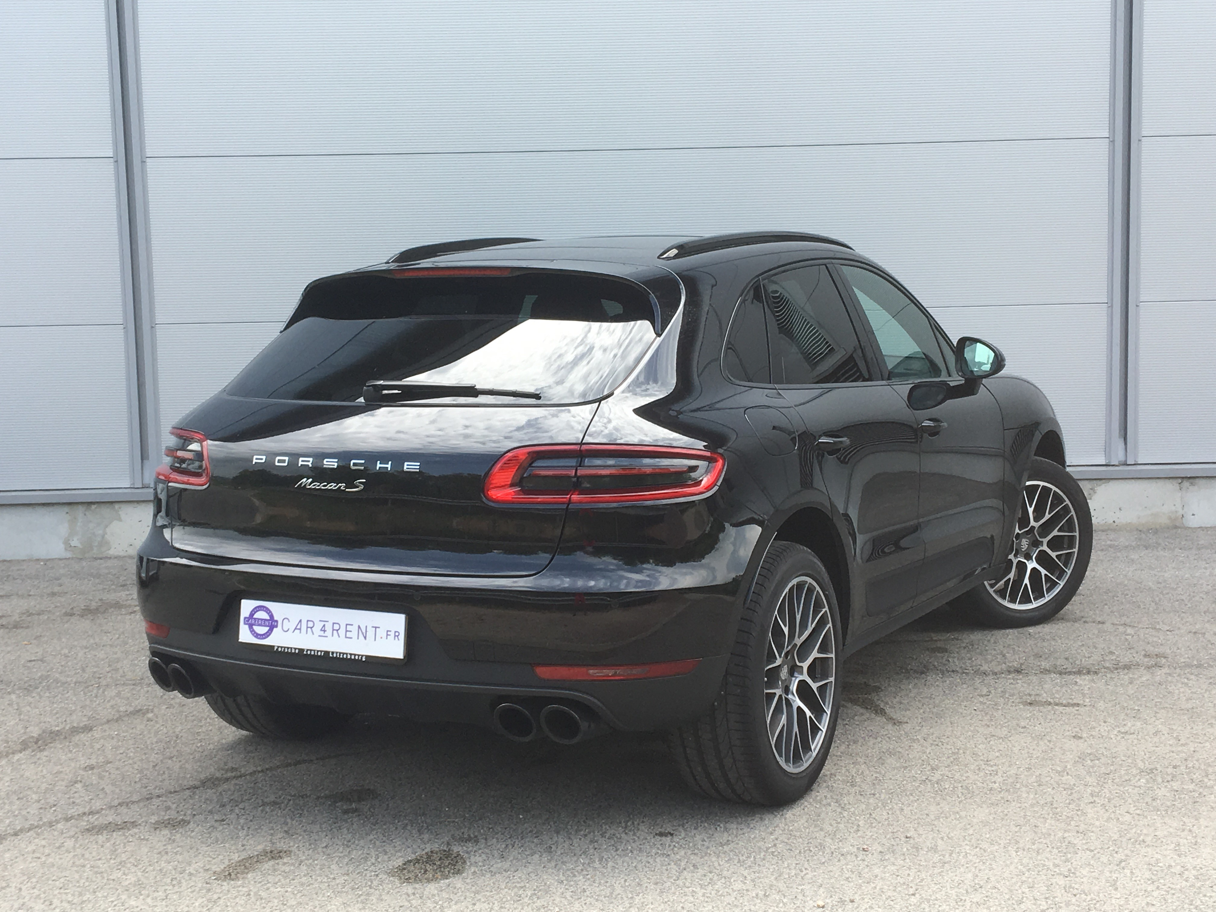 rent porsche macan france car4rent