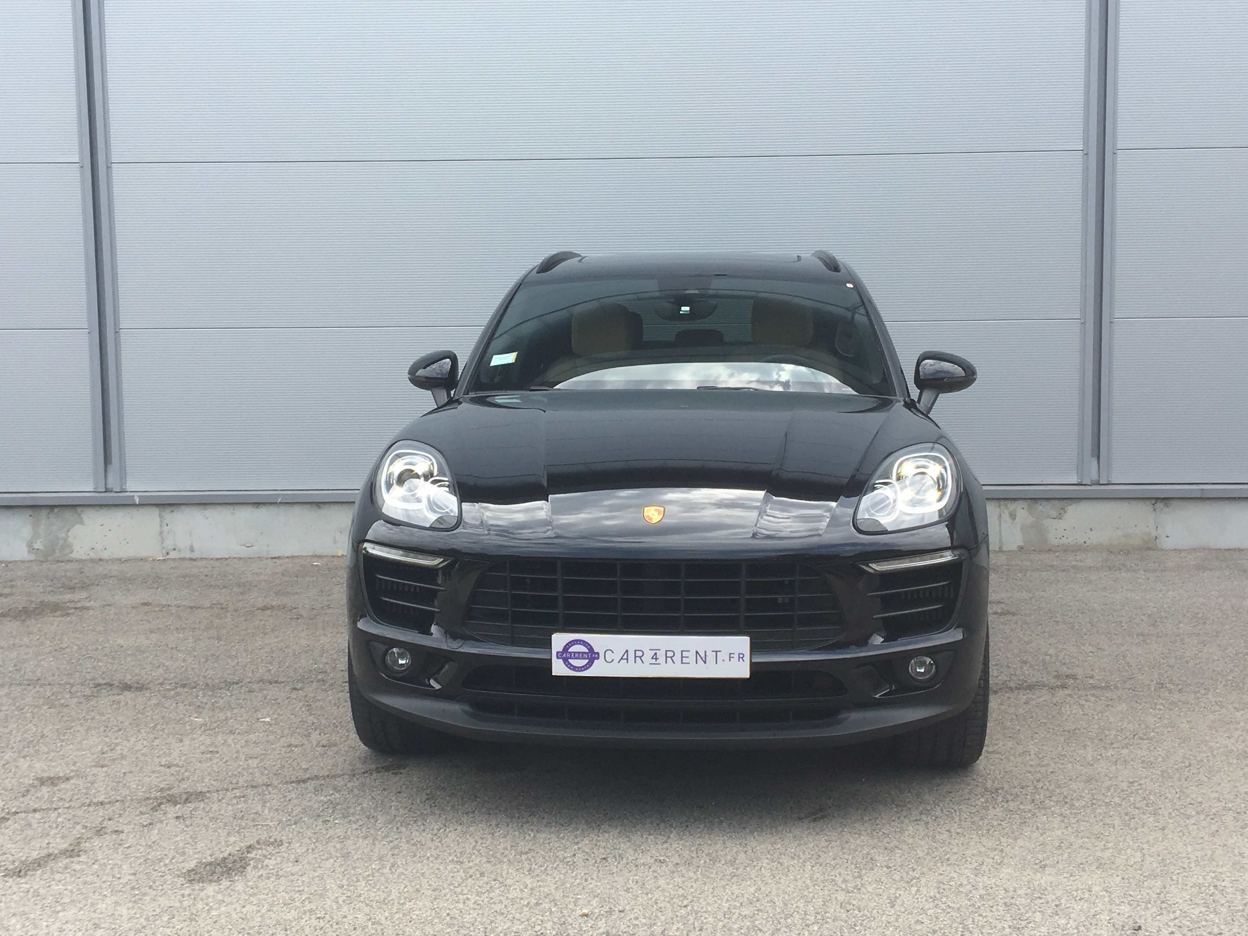 rent porsche macan french riviera Car4rent